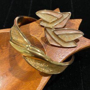 VTG MONET GOLD BRACELET and ENAMEL EARRINGS